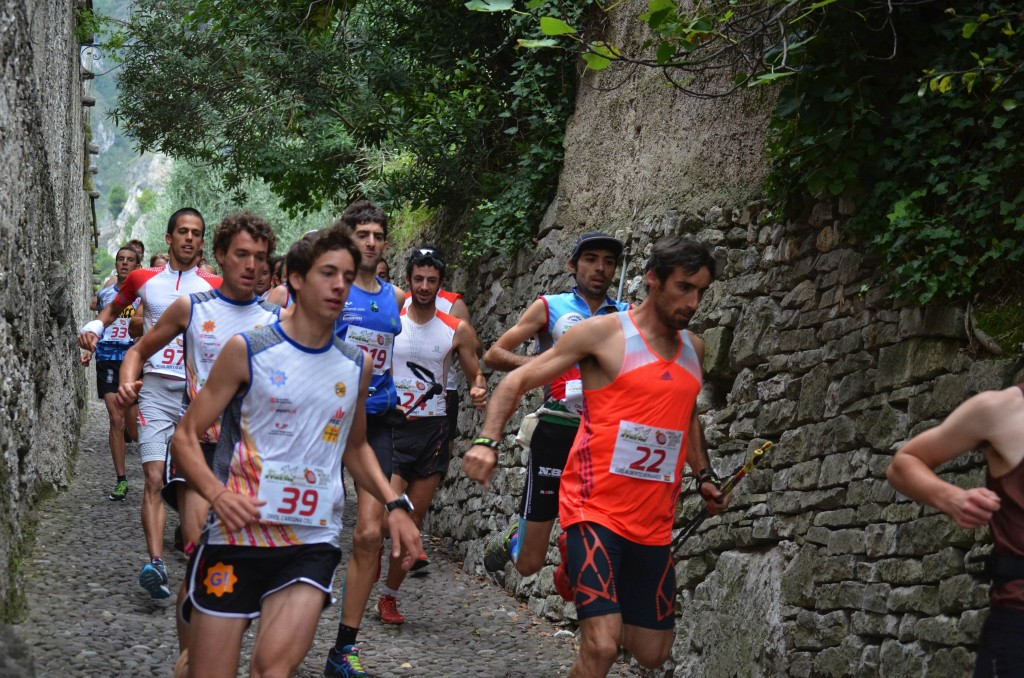 Kilian sits comfortably in the group in Limone